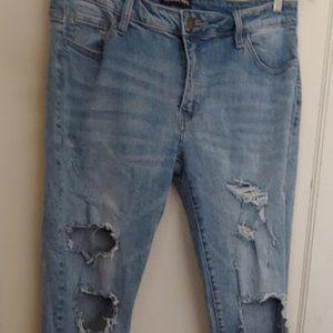 Fashion Nova Boyfriend Distressed Jeans VGUC